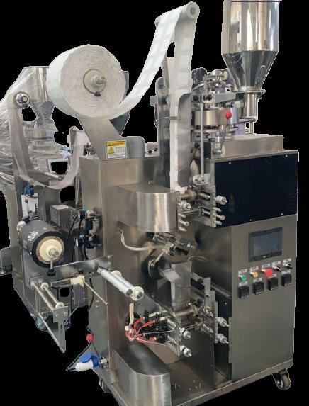 Sơ lược về máy đóng gói cà phê phin giấy:  Máy đóng gói cà phê phin giấy 2 lớp hàn siêu âm là tinh hoa kết hợp của đội ngũ kĩ sư Công ty TNHH TM DV An Thành cùng đội ngũ chuyên gia hàng đầu về lĩnh vực máy đóng gói các các nước tiên tiến trong khu vực và Quốc tế, được Lắp Ráp và độc quyền phân phối tại Việt Nam bởi 1 đơn vị duy nhất là Công ty TNHH TM DV An Thành  Đối với các sản phẩm trong ngành chế biến thực phẩm thì yếu tố an toàn luôn được đặt lên hàng đầu, toàn bộ bề mặt máy và các bộ phận tiếp xúc với nguyên liệu đều được sản xuất bằng inox 304 vô cùng an toàn và chắc chắn  Các tính năng hoạt động của thiết bị: Bộ điều khiển tiếng Việt dễ dàng sử dụng duy nhất chỉ có tạimáy đóng gói cà phê phin giấy Lớp túi trong bằng vải không dệt nhập khẩu từ Nhật Bản, không độc hại, không vi khuẩn, chịu nhiệt, chất lượng cao, đảm bảo an toàn vệ sinh thực phẩm Máy đóng gói được áp dụng công nghệ hàn siêu âm tiên tiến, tạo ra sản phẩm có độ thẩm mỹ cao, tiết kiệm vật tư Máy sử dụng cơ cấu định lượng cốc đong Lớp túi ngoài có thể thay đổi được chiều dài trong dải cho phép của máy để phù hợp với kích thước túi trong. Chức năng thổi khí ni-tơ bảo quản sản phẩm cho túi ngoài Mắt định vị cắt túi trong, túi ngoài Hệ thống gắp túi lọc sử dụng khí nén Bộ đếm sản phẩm Dao cắt mép xé túi ngoài Máy đóng gói cà phê phin giấy có thể tích hợp thêm tính năng mở rộng là in hạn sử dụng túi ngoài